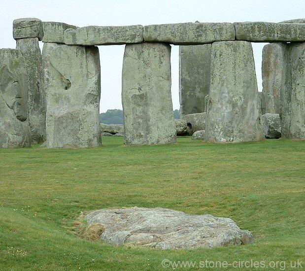 e7e4af250dd72 Stonehenge - Neolithic   Bronze Age Henge and Stone Circle ...
